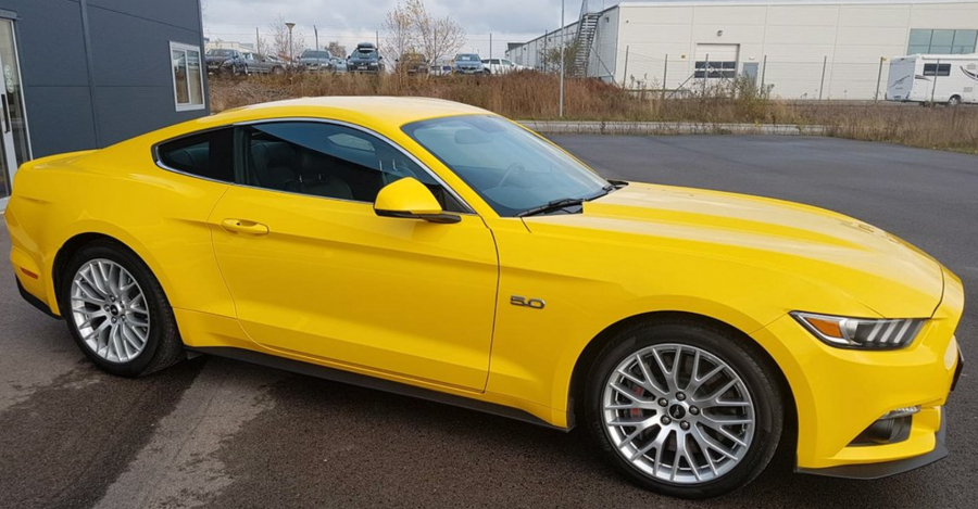 2020-04/ford-mustang-gt-2.png